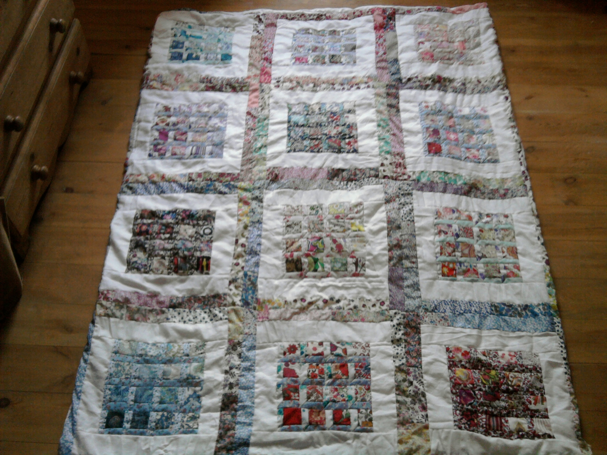 Traditional handmade attic windows liberty patchwork quilt for Window quilt